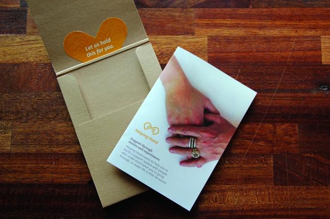 folder_leaflet